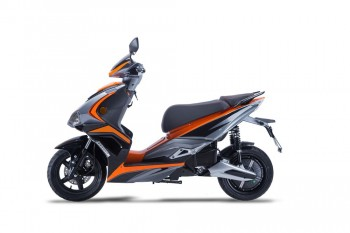e-STRIKER 3000 W - orange 45kmh