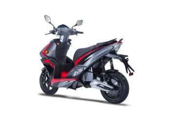 e-STRIKER 3000 W - rot 45 km/h